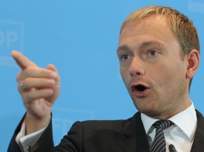 FDP-Generalsekretär Christian Lindner pocht auf die Mitwirkungsrechte des Parlaments.