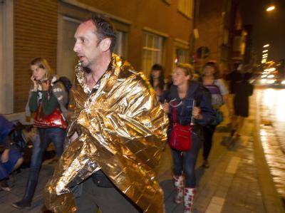 Nachdem ein schwerer Sturm über das Pukkelpop-Festival in Belgien gefegt ist und mehrere Menschen getötet wurden, wurde die Veranstaltung abgebrochen.