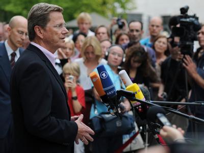 Außenminister Guido Westerwelle äußert sich zur Lage in Libyen.