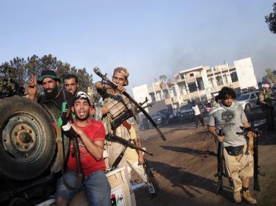 Die Situation in Libyen sei wie gemacht, um die künftige Machtverteilung notfalls auf der Straße auszukämpfen, fürchten westliche Diplomaten.