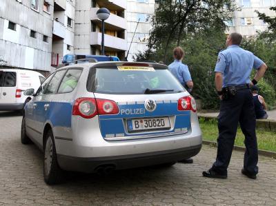 Berliner Polizei im Märkischen Viertel
