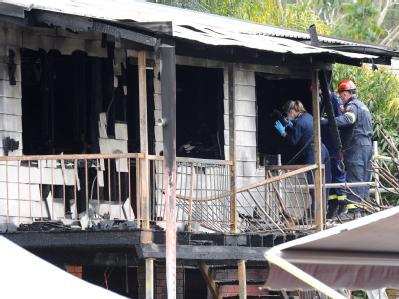 Elf Menschen verloren in den Flammen ihr Leben.