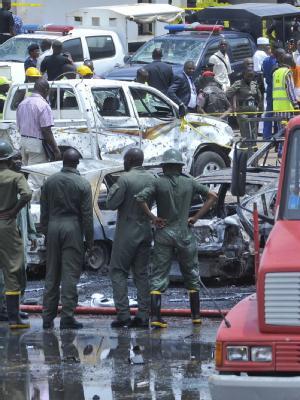 In Nigeria werden immer wieder Anschläge von Islamisten verübt. Wie hier im Juni 2011 auf das Hauptquartier der Polizei.