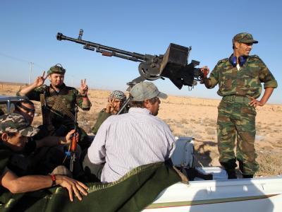 Libysche Rebellen bereiten sich auf den Vormarsch auf Bani Walid vor.