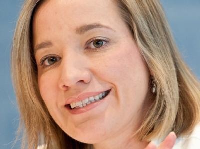 Nach der Babypause kehrt Familienministerin Schröder nun wieder ins Amt zurück.