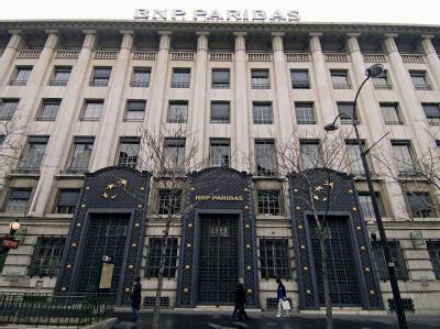 Blick auf das Hauptquartier der französischen Bank BNP Paribas in Paris (Archivbild vom 05.02.2006).