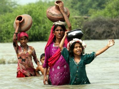 Große Teile Südpakistans stehen unter Wasser. Millionen Menschen sind betroffen.