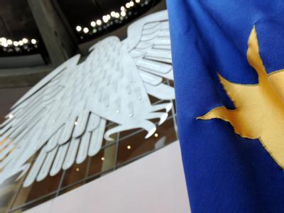 Mehr Geld für die Euro-Rettung: Der Bundestag stimmt über die umstrittene Ausweitung des Euro-Rettungsschirms ab.