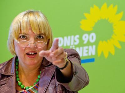 Sinkt der Grünen-Stern? - Grünen-Chefin Claudia Roth wirft der SPD vor, Bündnisse mit der CDU anzustreben.