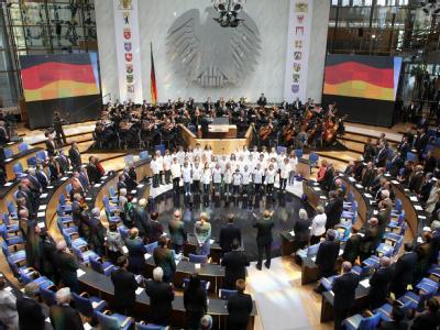 Festakt im ehemaligen Plenarsaal des Bundestages