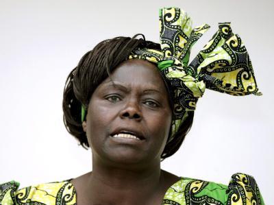 Die Umweltschützerin und Menschenrechtlerin Wangari Maathai aus Kenia wurde 2005 für ihren Einsatz für eine «nachhaltige Umweltentwicklung sowie Demokratie und Frieden» in ganz Afrika geehrt. Archivfoto: Benoit Doppagne