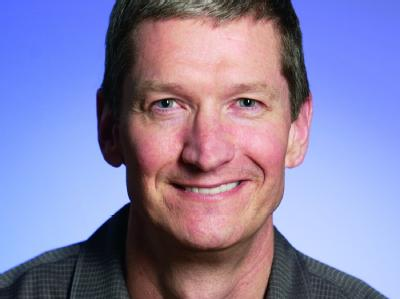 Jahrelang stand Tim Cook tief im Schatten der übergroßen Figur von Steve Jobs (Archivfoto). Foto: Apple