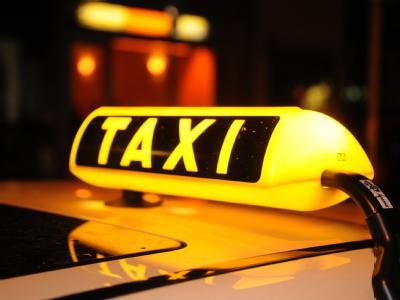 Über alle Testkategorien hinweg hat Barcelona das beste Taxiangebot in Europa. München, Köln, Mailand und Berlin folgen gleich danach. Foto: Felix Hörhager, dpa