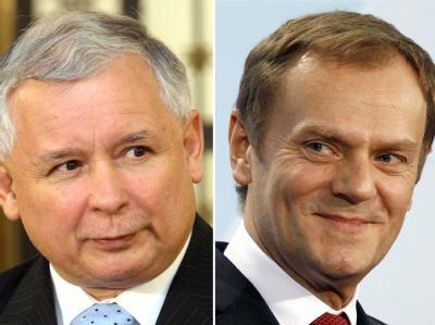 Der polnische Oppositionsführer Jaroslaw Kaczynski und der polnische Ministerpräsident Donald Tusk (r). Fotos: Radek Pietruska/ Wolfgang Kumm