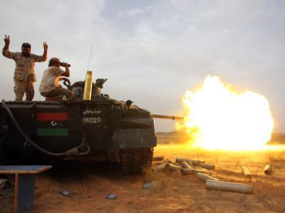 Kampf um die Gaddafi-Hochburg Sirte. Foto: Mohammed Messara