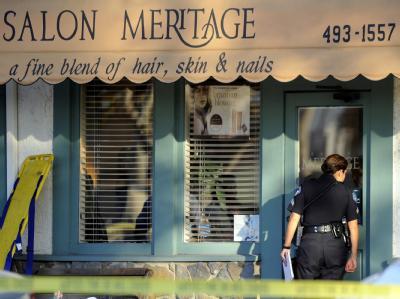 Bei einer Schießerei in einem kalifornischen Friseursalon sind acht Menschen getötet worden. «Er schoss auf jede Person, die er sah», sagte eine Kundin. Foto: Paul Buck