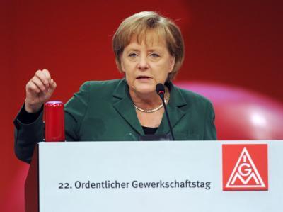 Bundeskanzlerin Merkel spricht vor dem Gewerkschaftstag der IG Metall in Rheinstetten. bei Karlsruhe. Foto: Franziska Kraufmann