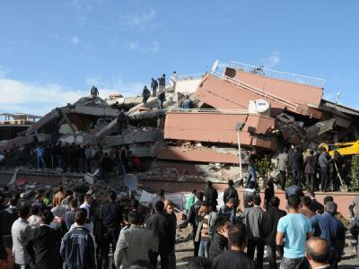 Verwüstete Provinzhauptstadt Van: Die Zahl der Todesopfer steht noch nicht fest. Foto: SABAH