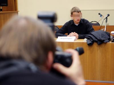 Der Angeklagte im Schwurgerichtssaal des Landgerichtes Gera. Archivfoto: Bodo Schackow, dpa