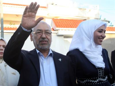 Die offiziellen Ergebnisse der historischen Wahl in Tunesien lassen auf sich warten. Nach ersten Berichten liegt die islamistische Ennahdha-Bewegung allerdings weit vorn. Foto: STR