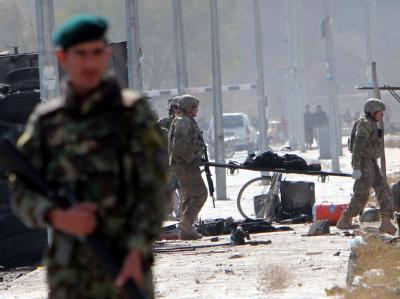 Beim einem Anschlag auf die Internationale Schutztruppe Isaf sind in der afghanischen Hauptstadt Kabul 13 Soldaten getötet worden. Foto: S. Sabawoon