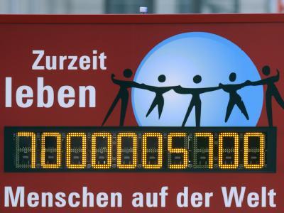 Bis 2050 werden nach Schätzung der Vereinten Nationen mehr als neun Milliarden Menschen auf der Erde leben. Foto: Holger Hollemann
