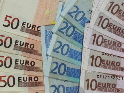 Die Vorlage des Bundesfinanzministers für die am Mittwoch beginnende Steuerschätzung ist optimistisch. Foto: Jens Wolf