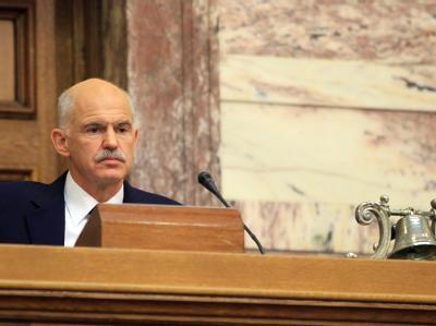 Griechenlands Regierungschef Papandreou im Parlament in Athen. Foto: Pantelis Saitas
