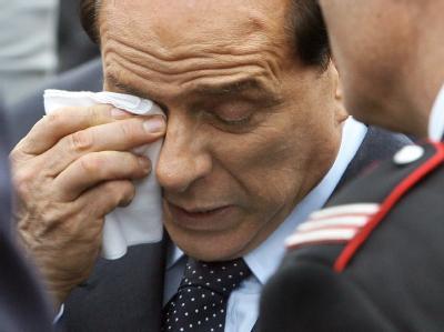 Der angeschlagene italienische Regierungschef Silvio Berlusconi ist zum Rücktritt bereit. Archivfoto: Claudio Peri