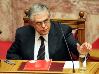 Ministerpräsident Lucas Papademos bei der Debatte um die Vertrauensabstimmung im griechischen Parlament. Foto: Simela Pantzartzi