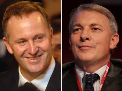 Neuseelands Premierminister John Key (l, ) und Phil Goff, Chef der Labour Partei. Archivfotos: Divyakanta Solanki und Maya Vidon