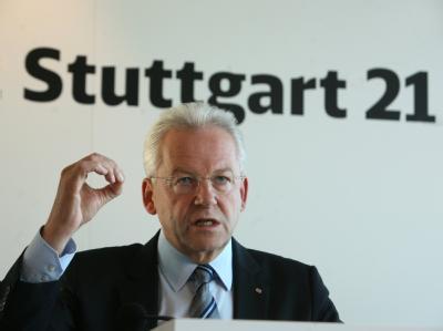 Bahnchef Rüdiger Grube will den Rückenwind der Volksabstimmung für das Projekt Stuttgart 21 nutzen. Doch noch sind viele Fragen offen. Foto: Stephanie Pilick