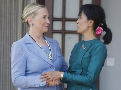 Hillary Clinton und Aung San Suu Kyi