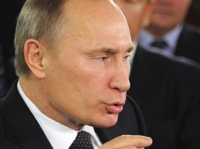 Übt heftige Kritik an den USA - der Westen soll die Opposition in Russland finanziert und gegen die Staatsmacht aufgehetzt haben: Regierungschef Russlands, Wladimir Putin  Foto: Alexander Nemenov