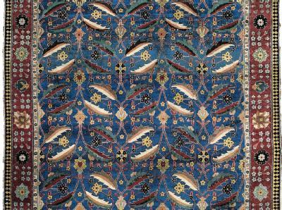 Ein Vasenteppich aus der persischen Provinz Kerman, der 2010 im Londoner Auktionshaus Christie's für umgerechnet 7,2 Millionen Euro versteigert wurde. Foto: Christie's, dpa