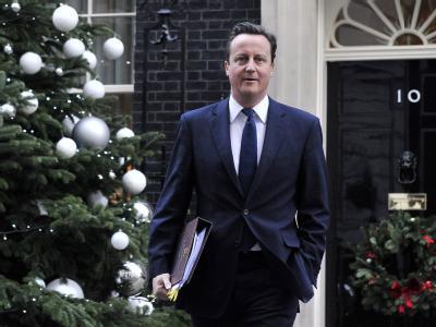 Will auch in der Weihnachtszeit keinerlei Geschenke verteilen: Der britische Premier David Cameron. Foto: Andy Rain