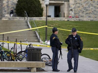 Die Hintergründe der Tat sind weiterhin. Doch angeblich soll ein 22 Jahre alter Student zuerst einen Polizisten und dann sich selbst erschossen haben. Foto: Tannen Maury