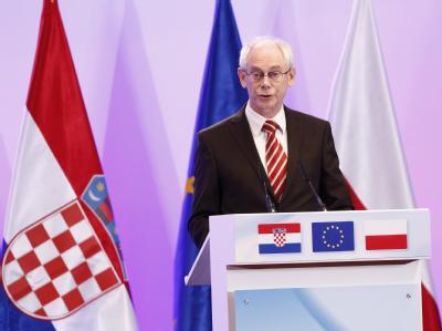 EU-Ratspräsident Herman Van Rompuy sprach von einem «historischen Tag» für Kroatien und die EU. Foto: Bruno Fahy