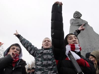 Zehntausende demonstrieren in Moskau für Neuwahlen. Foto: Sergei Chirikov