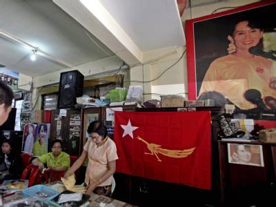 Hauptquartier der Nationalliga für Demokratie: Die NLD kann wieder an Wahlen in Birma teilnehmen. Foto: Nyein Chan Naing
