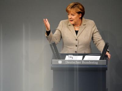 Bundeskanzlerin Merkel verteidigt im Bundestag die Beschlüsse des EU-Gipfels. Foto: Rainer Jensen