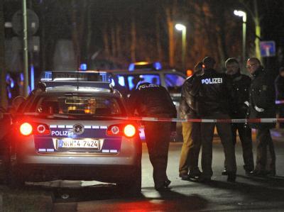 Bei einer Schießerei in Bottrop sind zwei Menschen lebensgefährlich verletzt worden. Foto: Marius Becker