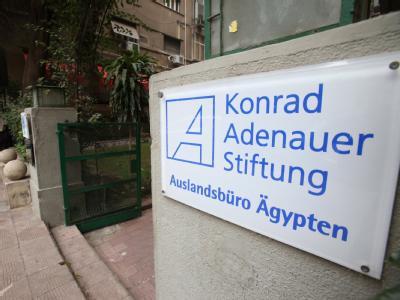 Nach der Durchsuchung des Büros der Konrad-Adenauer-Stiftung und anderer internationalen Einrichtungen in Kairo ist der ägyptische Botschafter ins Auswärtige Amt einbestellt worden. Foto: Khaled Elfiqi