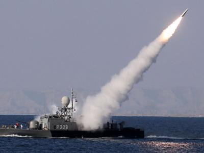 Jeden Tag eine neue Wunderwaffe: Der Iran überbietet sich selbst mit der Präsentation von angeblichen Hightech-Raketen. Foto: Ebrahim Noroozi