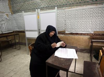 Bei der Parlamentswahl in Ägypten haben die radikalen Islamisten in der dritten und letzten Runde kräftig abgeräumt. Foto: Khaled Elfiqi