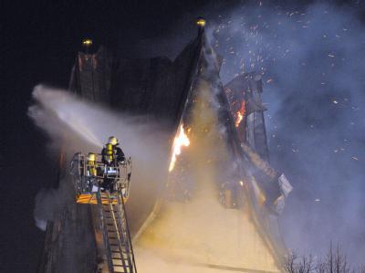 Kirche im Allgäu brennt