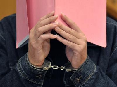 Soll zwischen 1992 und 2001 drei Jungen ermordet und zahlreiche sexuell missbraucht haben: Der als «Maskenmann» bekanntgewordene Martin N. Foto: Carmen Jasperse/Archiv