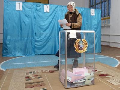 Nach blutig niedergeschlagenen Ölarbeiterstreiks und mehreren Terroranschlägen hat das ölreiche Kasachstan in Zentralasien vorzeitig ein neues Parlament gewählt. Foto: Igor Kovalenko