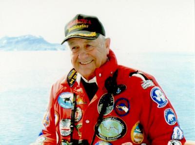 Kapitän Heinz Aye auf einer Fahrt ins Eis. Foto: Handout