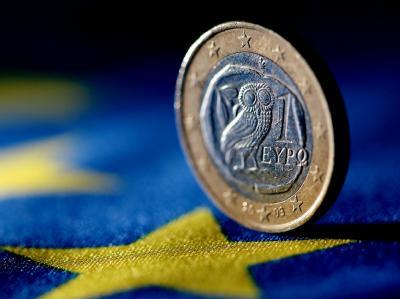 Griechische Euro-Münze: Die Eurostaaten stellen für neue Zahlungen an Griechenland zusätzliche Bedingungen. Foto: Oliver Berg